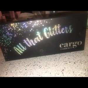 LIGHTLY USED ALL THAT GLITTERS CARGO PALETTE!!!